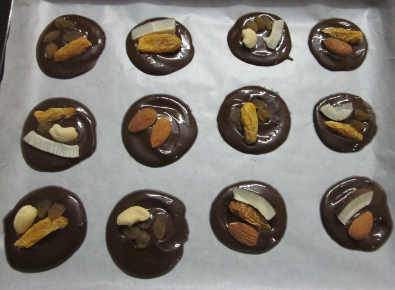 Mini chocolate discs 5