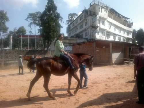 Mumma horse ride